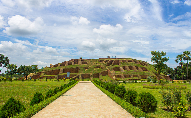 journey to a historical place in bangladesh Is bangladesh nice place to if you like adventurous journey then obviouslyyou can enjoy both the natural beauty and historical intersets in bangladesh.